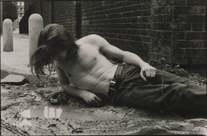 Narcissus 1990 by Mat Collishaw born 1966
